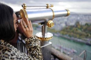 binoculars-1869456_640